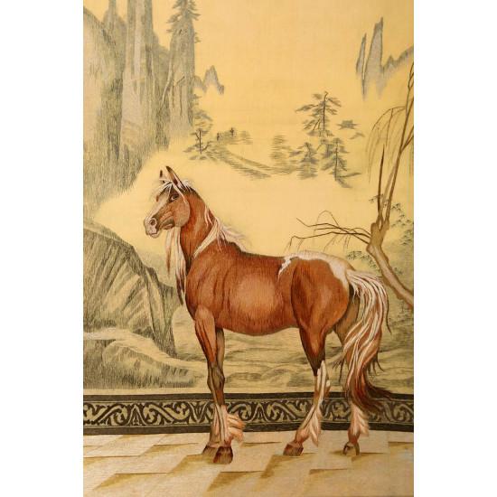 Картина вышивка шелком Орловский рысак ручной работы
