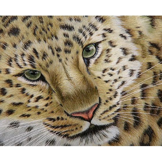 Картина вышитая шелком Леопард ручной работы