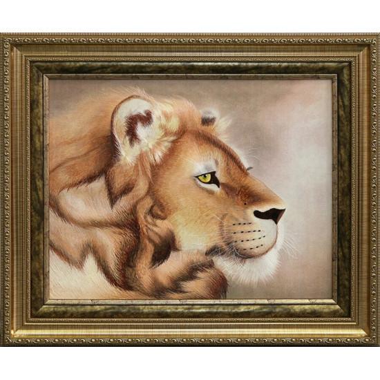 Картина вышитая шелком Голова льва ручной работы