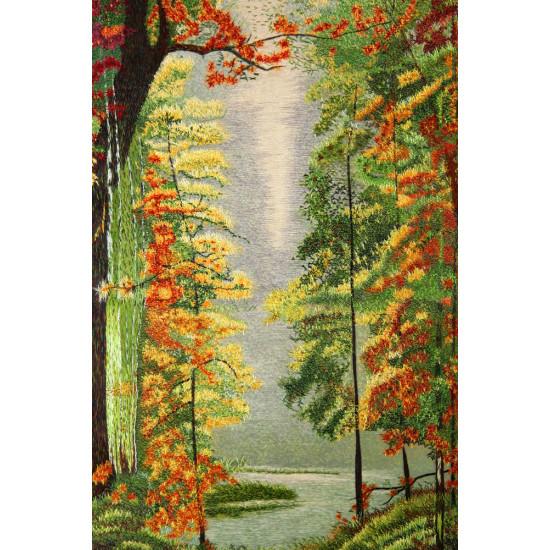 Картина вышитая шелком Лесное озеро по  Васильеву ручной работы