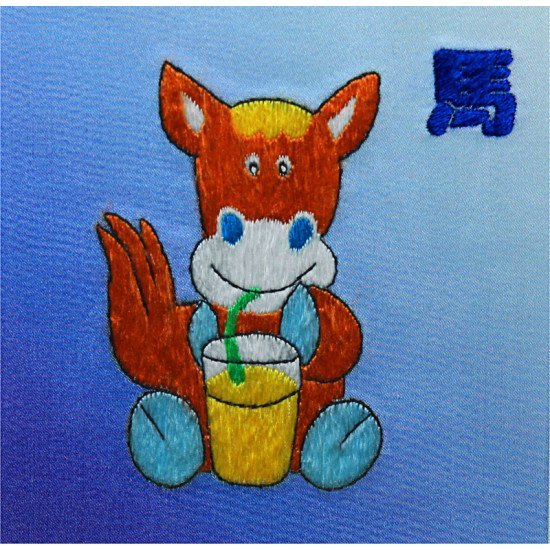 Картина вышитая шелком Бычок ручной работы