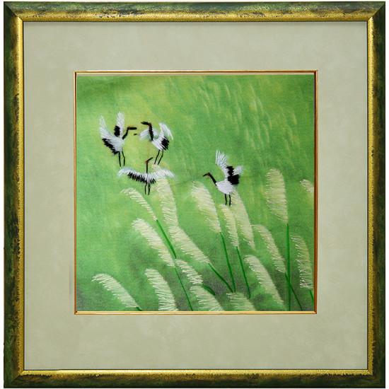 Картина вышитая шелком Четыре журавля в роще ручной работы