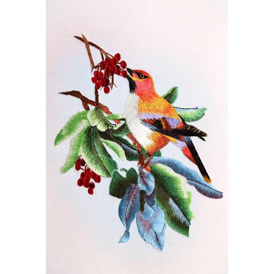 Картина вышитая шелком Калиновая радость ручной работы